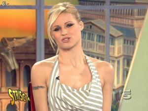 Michelle Hunziker dans Striscia la Notizia - 20/02/09 - 05