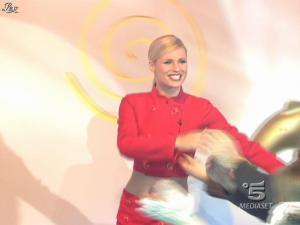 Michelle Hunziker dans Striscia la Notizia - 21/01/08 - 01