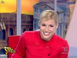 Michelle Hunziker dans Striscia la Notizia - 21/01/08 - 11
