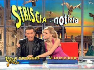 Michelle Hunziker dans Striscia la Notizia - 21/02/09 - 11