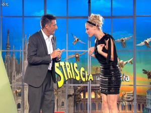 Michelle Hunziker dans Striscia la Notizia - 26/02/09 - 03