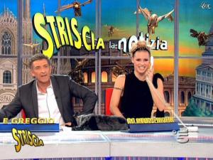 Michelle Hunziker dans Striscia la Notizia - 26/02/09 - 06
