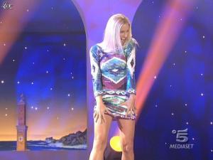 Michelle Hunziker dans Striscia la Notizia - 27/01/09 - 01