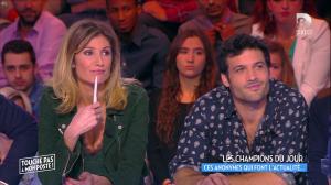 Caroline Ithurbide dans Touche pas à mon Poste - 08/04/16 - 11