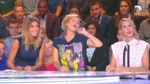 Caroline Ithurbide dans Touche pas à mon Poste - 09/10/15 - 31