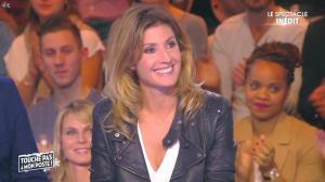 Caroline Ithurbide dans Touche pas à mon Poste - 11/12/15 - 02