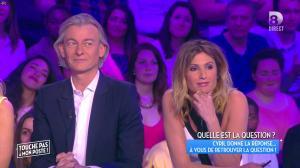 Caroline Ithurbide dans Touche pas à mon Poste - 19/04/16 - 31