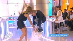 Caroline Ithurbide dans Touche pas à mon Poste - 21/09/15 - 14