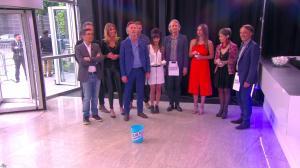 Caroline Ithurbide dans Touche pas à mon Poste - 25/05/16 - 01