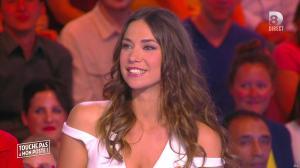Clio Pajczer dans Touche pas à mon Poste - 13/06/16 - 17