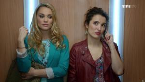 Joy Esther et Isabelle Vitari dans Nos Chers Voisins - 23/04/16 - 01