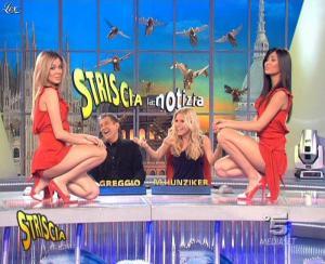 Les Veline, Costanza Caracciolo, Federica Nargi et Michelle Hunziker dans Striscia la Notizia - 21/03/09 - 10