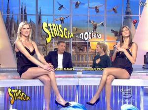 Les Veline, Mélissa Satta, Veridiana Mallmann et Michelle Hunziker dans Striscia la Notizia - 19/01/08 - 07