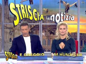 Michelle Hunziker dans Striscia la Notizia - 19/01/08 - 10