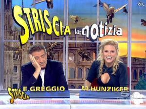 Michelle Hunziker dans Striscia la Notizia - 19/01/08 - 14