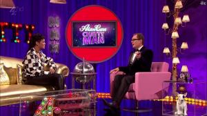 Rihanna dans Alan Chatty Man - 27/09/13 - 04