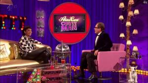 Rihanna dans Alan Chatty Man - 27/09/13 - 10