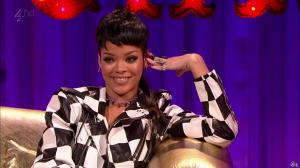 Rihanna dans Alan Chatty Man - 27/09/13 - 12