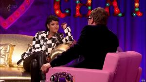 Rihanna dans Alan Chatty Man - 27/09/13 - 13