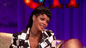 Rihanna dans Alan Chatty Man - 27/09/13 - 17
