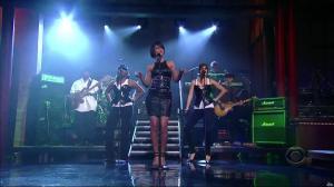 Rihanna dans David Letterman Show - 04/10/07 - 03