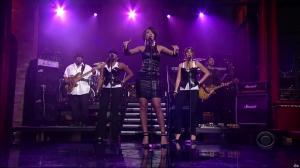 Rihanna dans David Letterman Show - 04/10/07 - 04