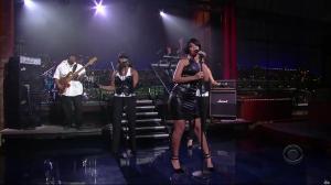 Rihanna dans David Letterman Show - 04/10/07 - 07