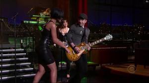 Rihanna dans David Letterman Show - 04/10/07 - 08