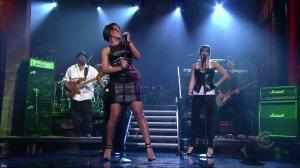 Rihanna dans David Letterman Show - 04/10/07 - 09
