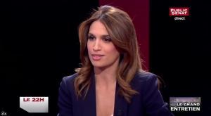 Sonia Mabrouk dans le 22h - 02/04/15 - 08