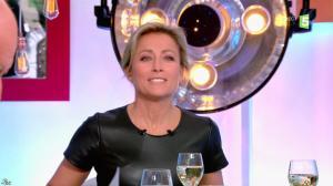 Anne-Sophie Lapix dans C à Vous - 17/01/17 - 14