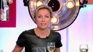 Anne-Sophie Lapix dans C à Vous - 17/01/17 - 15