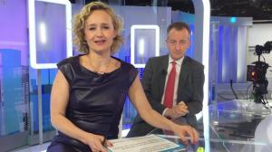 Caroline Roux dans un Bonus de C dans l'Air - 10/04/17 - 04