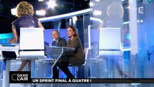 Caroline Roux dans C dans l'Air - 10/04/17 - 09