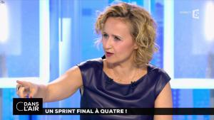 Caroline Roux dans C dans l'Air - 10/04/17 - 14