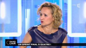 Caroline Roux dans C dans l'Air - 10/04/17 - 18