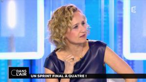 Caroline Roux dans C dans l'Air - 10/04/17 - 35
