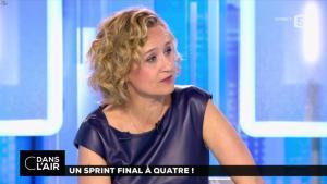 Caroline Roux dans C dans l'Air - 10/04/17 - 39