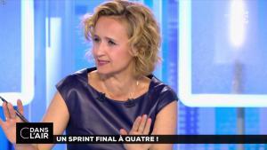 Caroline Roux dans C dans l'Air - 10/04/17 - 44