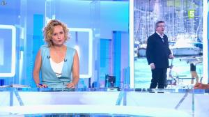 Caroline Roux dans C dans l'Air - 12/04/17 - 02
