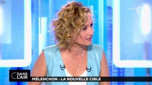 Caroline Roux dans C dans l'Air - 12/04/17 - 08