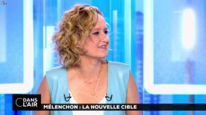 Caroline Roux dans C dans l'Air - 12/04/17 - 11
