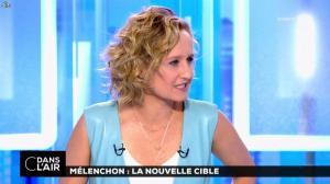 Caroline Roux dans C dans l'Air - 12/04/17 - 12