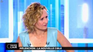 Caroline Roux dans C dans l'Air - 12/04/17 - 28