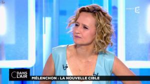 Caroline Roux dans C dans l'Air - 12/04/17 - 34