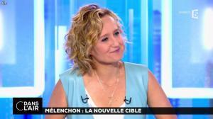 Caroline Roux dans C dans l'Air - 12/04/17 - 37