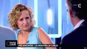 Caroline Roux dans C dans l'Air - 12/04/17 - 45