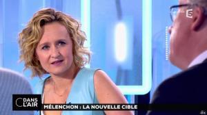 Caroline Roux dans C dans l'Air - 12/04/17 - 46