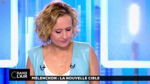 Caroline Roux dans C dans l'Air - 12/04/17 - 52