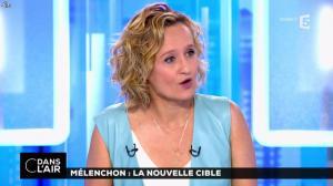 Caroline Roux dans C dans l'Air - 12/04/17 - 54